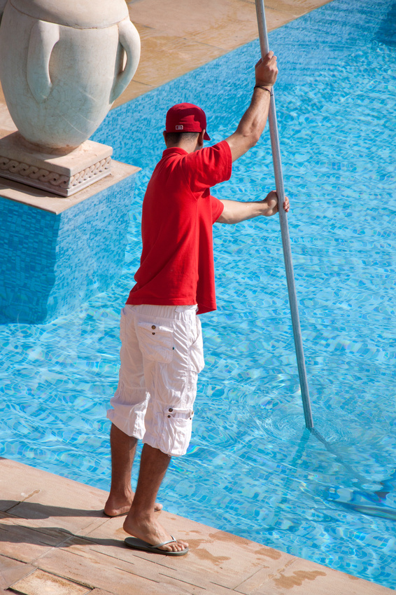 Pool cleaning fort myers