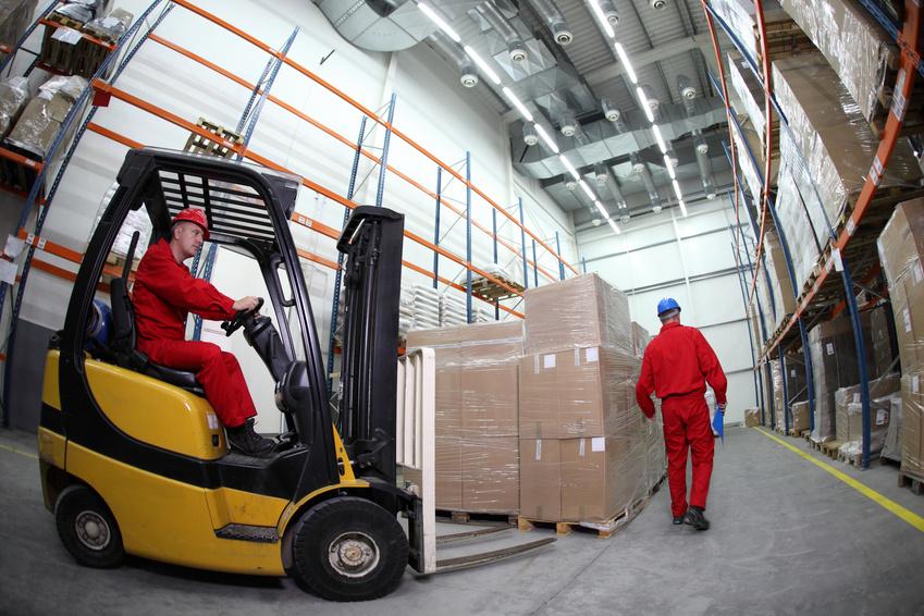 Heavy duty truck lift