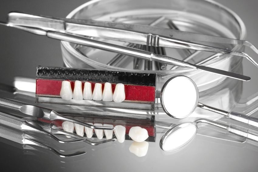 Average cost of dental implants