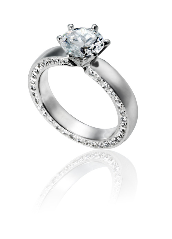 How to select a diamond ring