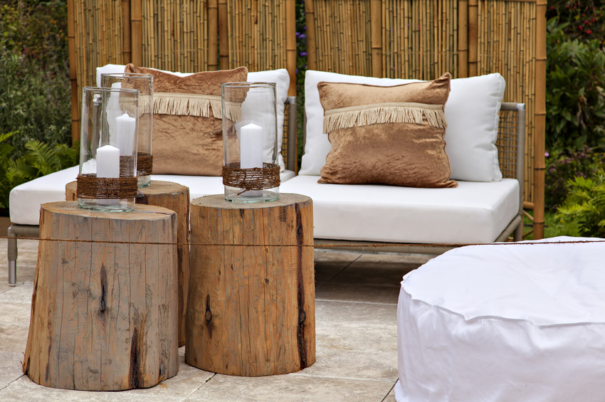 Wide variety of rustic decor and accessories