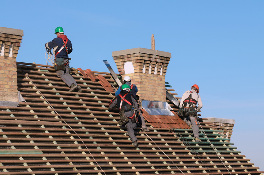 How to install a new roof on a house