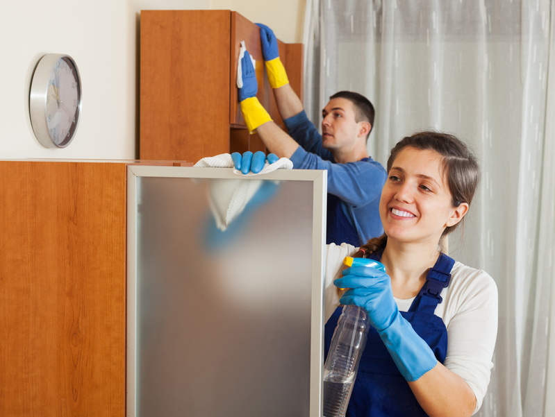 Experienced maid cleaning service