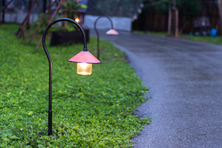 Holiday landscape lighting