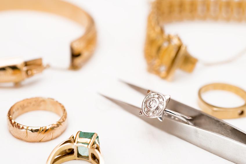 buy antique jewelry
