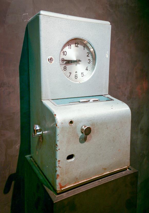 Poe clock