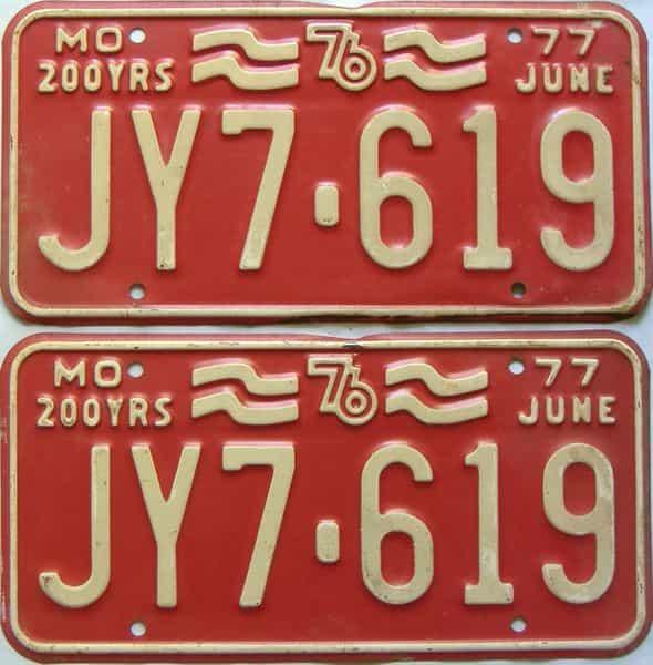 1977 Missouri  (Pair) license plate for sale