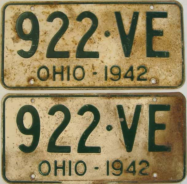 1942 OH (Pair) license plate for sale