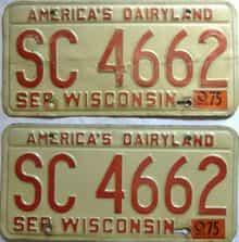 1975 Wisconsin  (Pair) license plate for sale