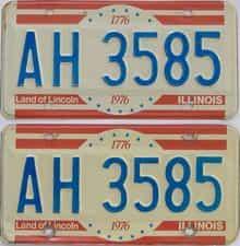 1976 IL (Pair)