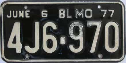 1977 MO (Single)