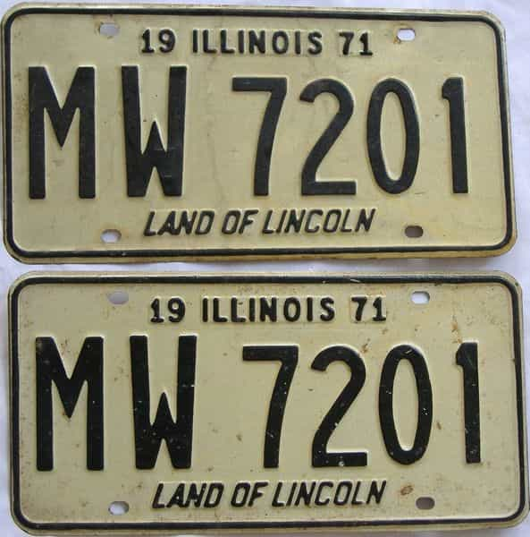 1971 Illinois  (Pair) license plate for sale