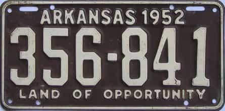 1952 AR