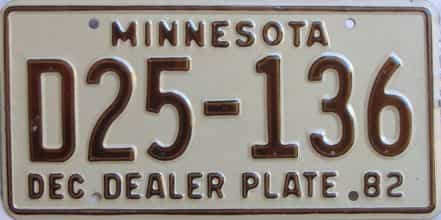 1982 Minnesota (Dealer) license plate for sale