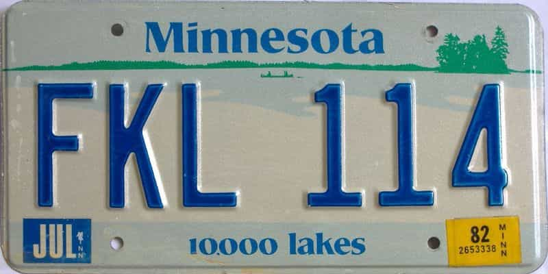1982 Minnesota  (Single) license plate for sale