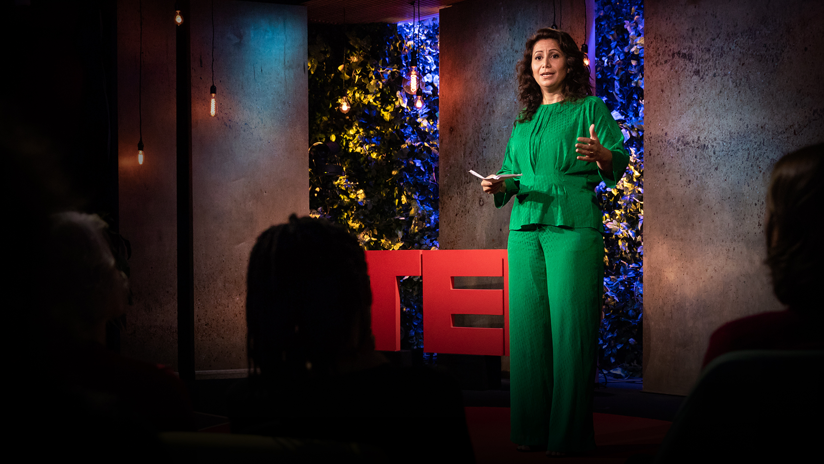 Julia Dhar: How to disagree productively and find common ground