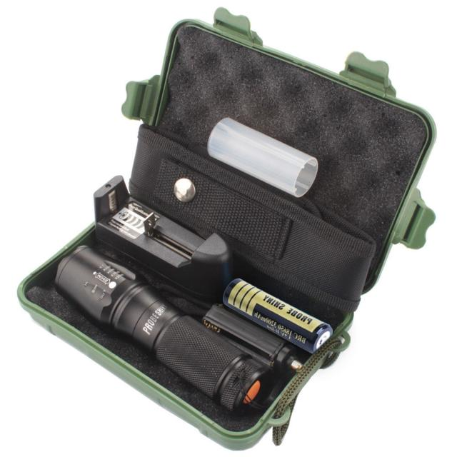 X800 Zoomable XML T6 LED Flashlight   Battery Charger  Case
