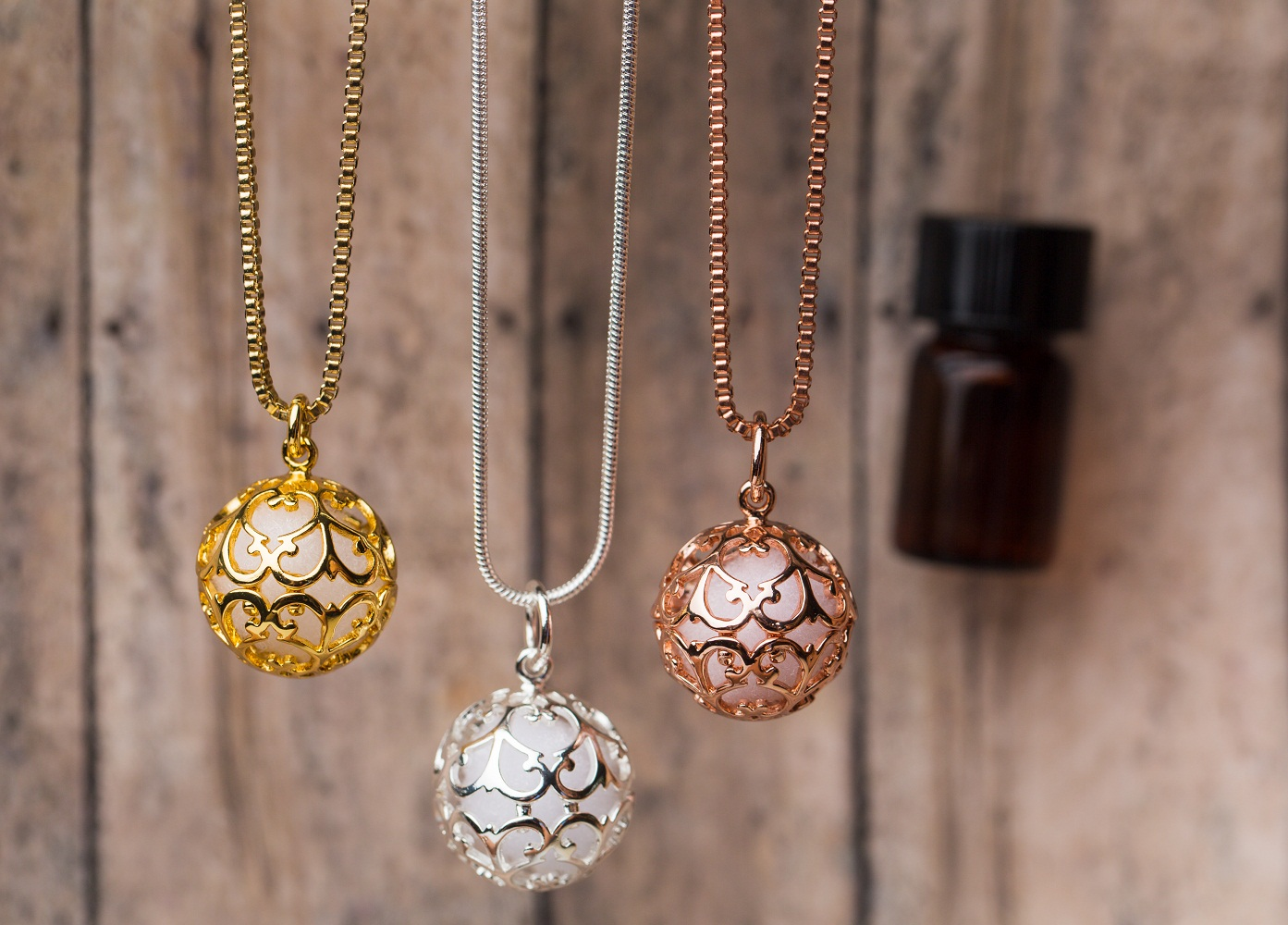 Small Round Essential Oil Diffuser Necklace, Silver, Gold, Rose Gold ee9f5f4d0a7f