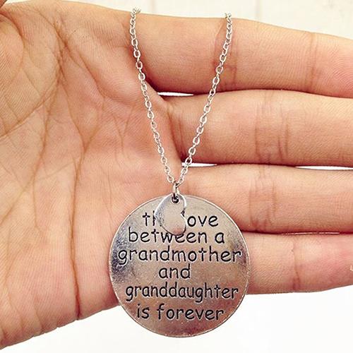 The Love Between Grandma and Granddaughter Pendant ...