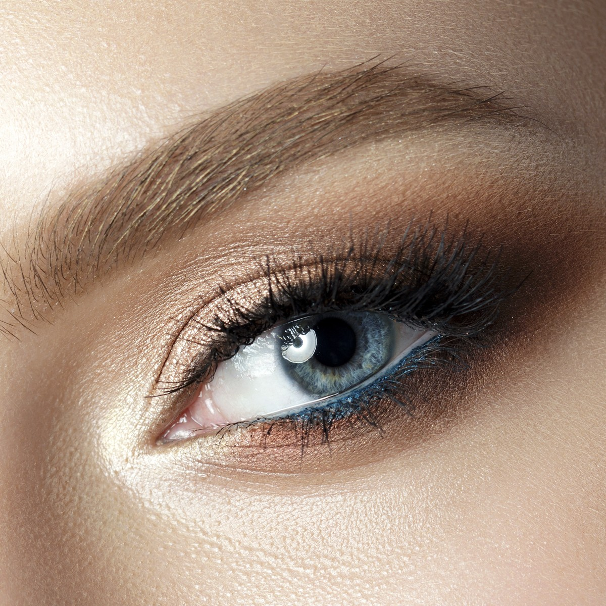 Magnetic Eyelashes - Watch The Video - BelleChic