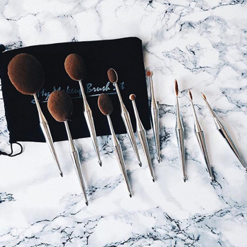 10 Piece Metallic Gold Silver Oval Brush Set
