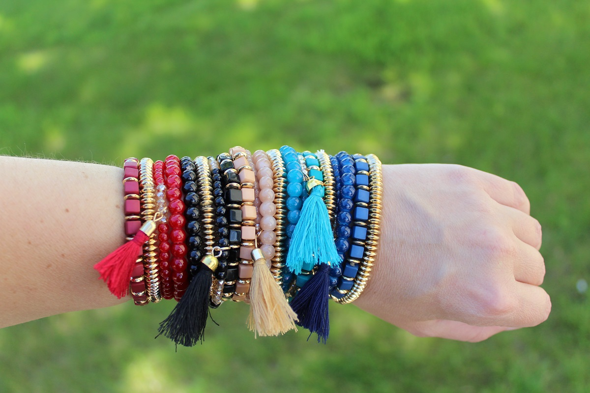 Beaded Stretch Tassel Bracelet Set - Assorted Colors 2589516