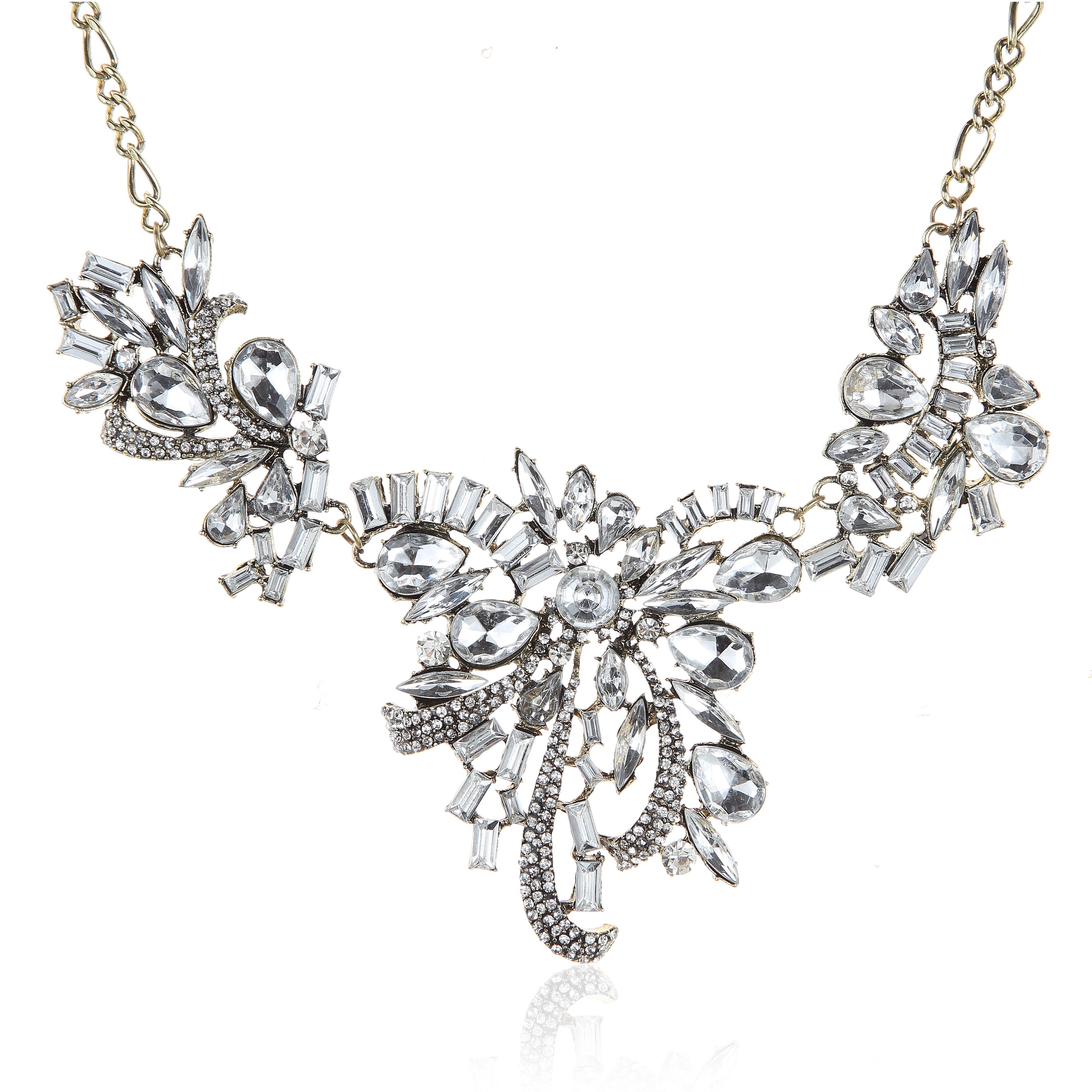 Sweet Romance Crystalized Vinatge Vibe Statement Necklace