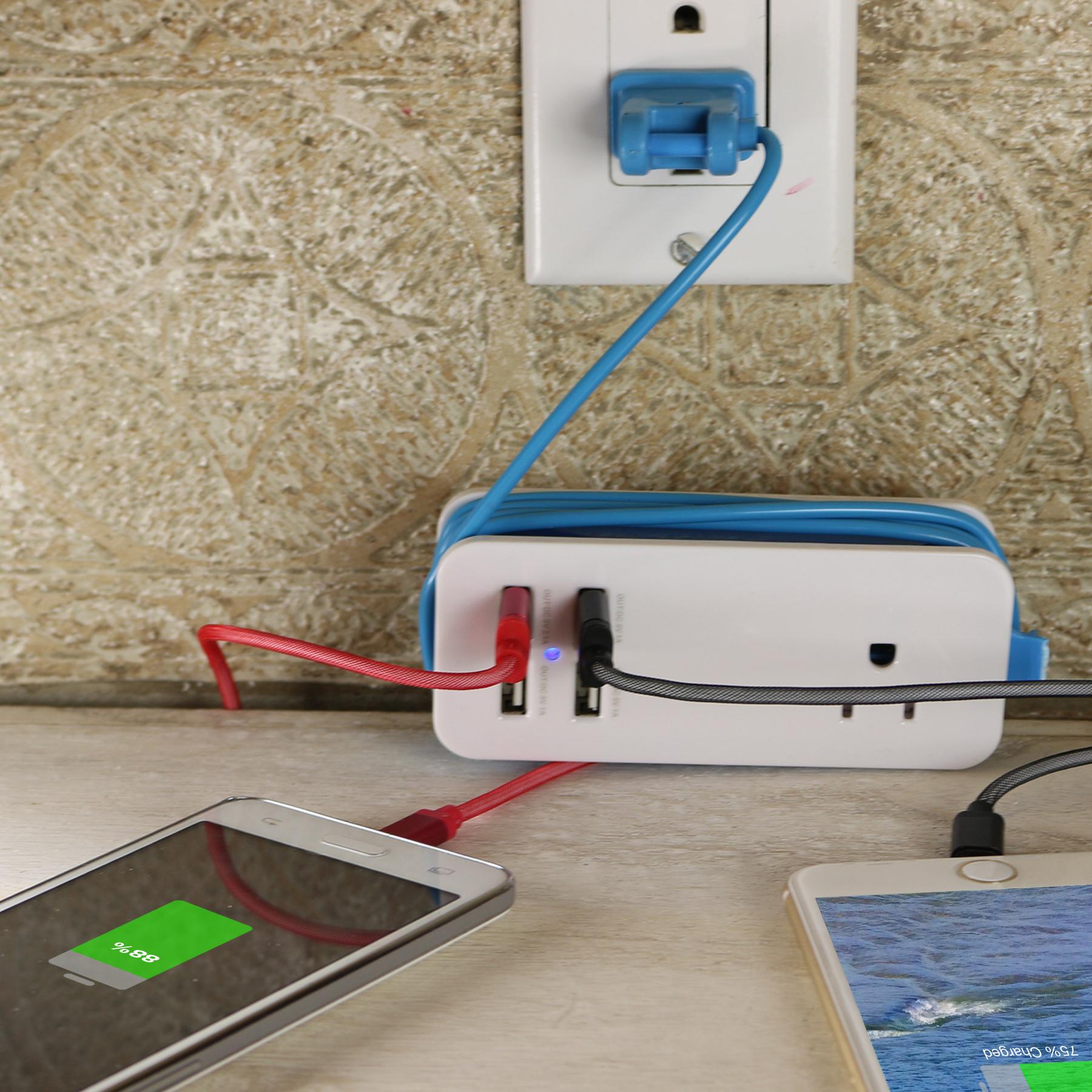 4200 MaH 4 Port USB Charging Station  amp  Universal Power Socket