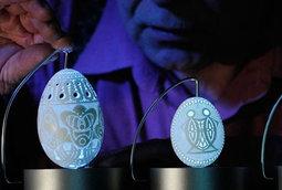 فن مفصل منحوت على قشر البيض