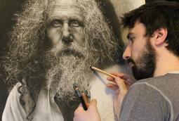 فنان يقضي المئات من الساعات لرسم لوحات واقعية جدا باستخدام تقنيات من عصر النهضة