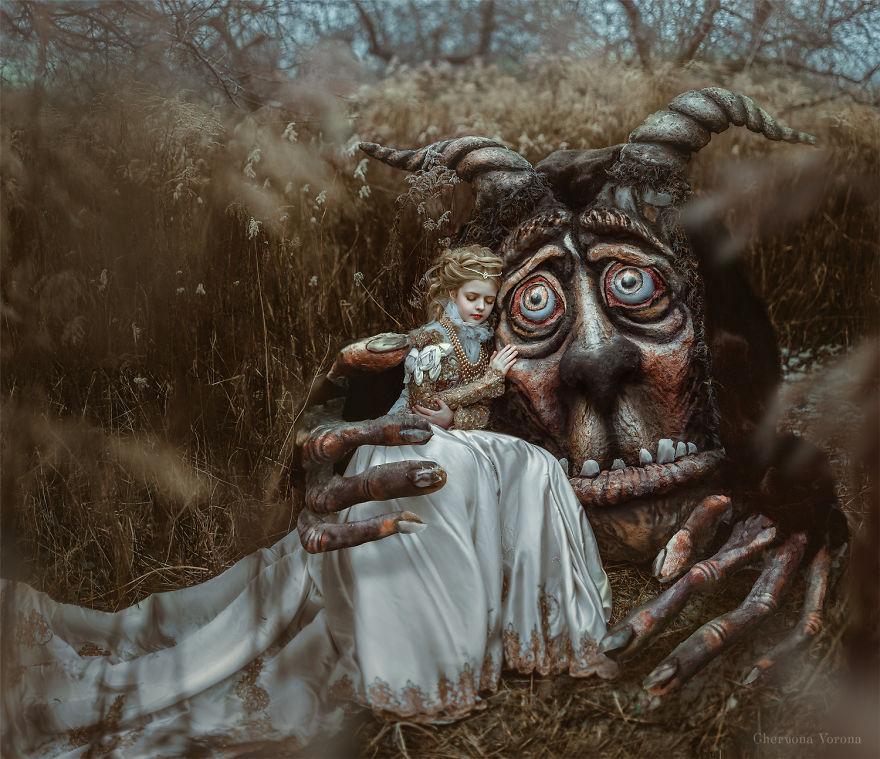 الجميلة والوحش الى محبيي النحت