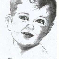 الطفل المبتسم