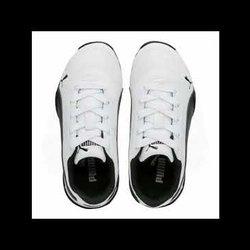 احذية رياضية بسعر ماركات عالمية طلبات من الموقع اسفل فيديو