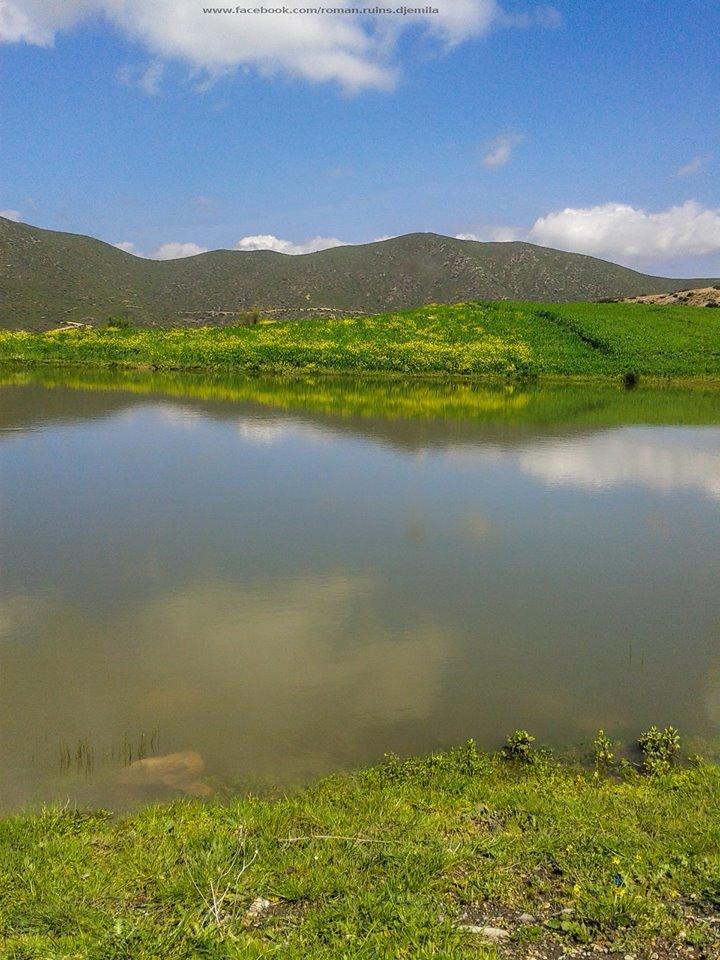 بحيرة بضواحي جميلة تعرف ببحيرة السلطان