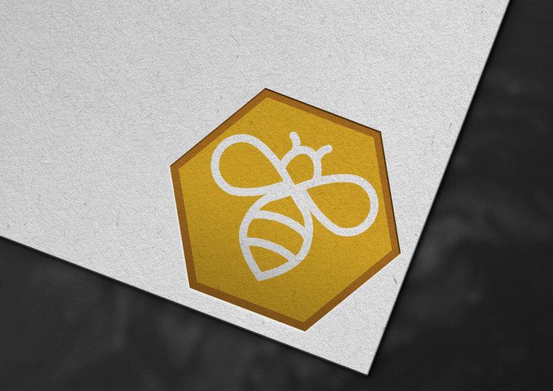 شعار وهوية تجارية نحلة للعسل logo bee