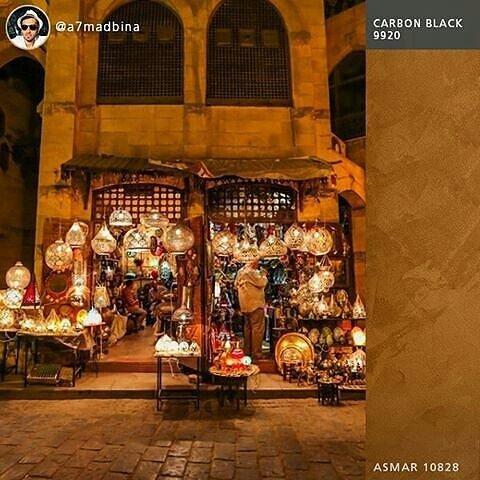 للعراقة والإبداع جذور متأصلة في شارع خان الخليلي، الملهم الأول لأكبر المفكرين والأدباء