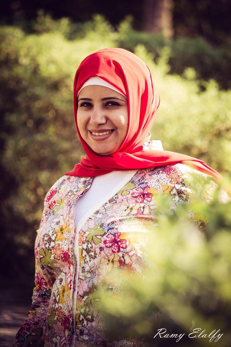 المذيعه شيماء حمدي
