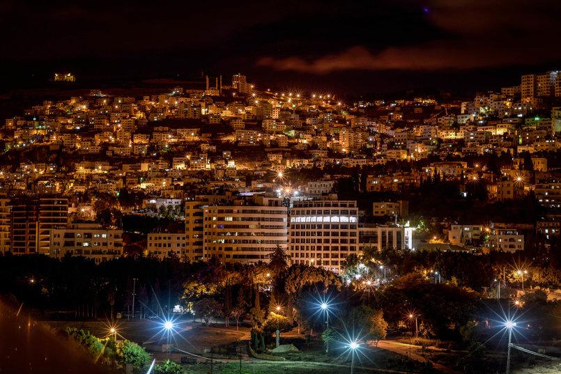 مدينة نابلس ليلاً - فلسطين