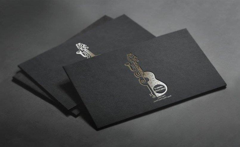 شعار معهد الرايس للموسيقى