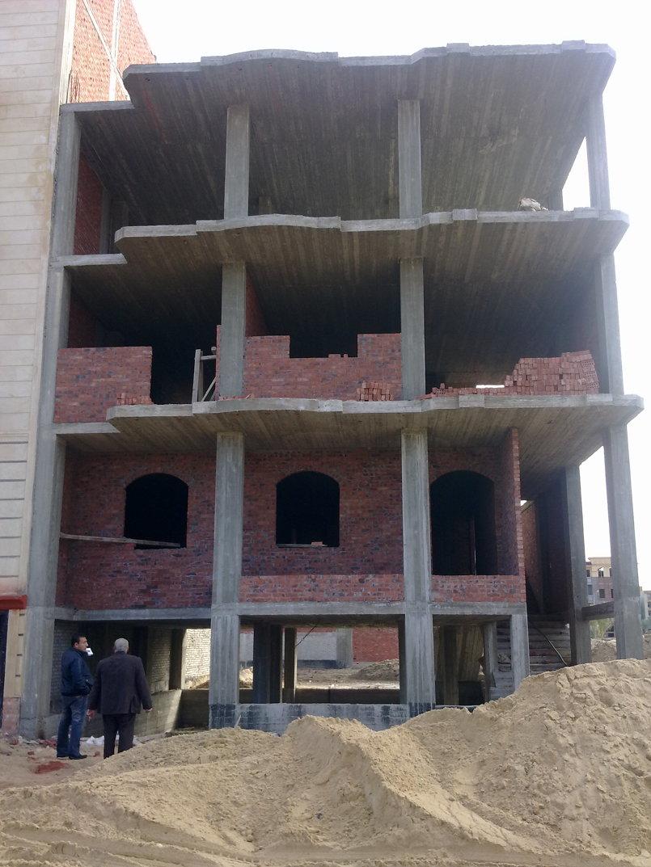 بناء برج سكني