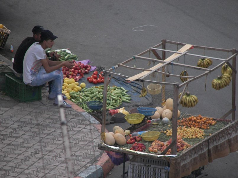 picture of small market in my city marrakech