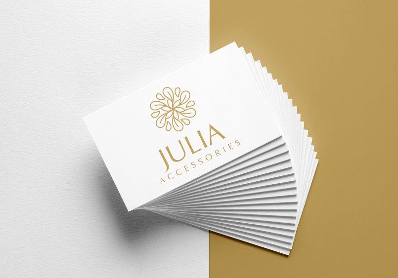 Julia accessories