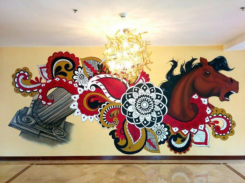 جدارية لفندق Landmark بقياس 3x7.5 m