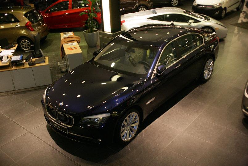 BMW 735Li