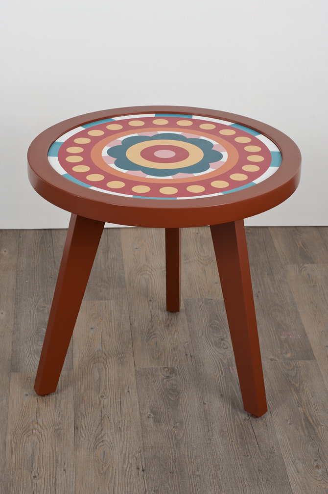 july is a colorful and lively single table with three legs for perfect balance. so summery, it's july all year round.