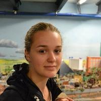 Emma Amhrine's avatar