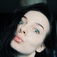 Monika's avatar