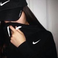 Lumiere S.'s avatar