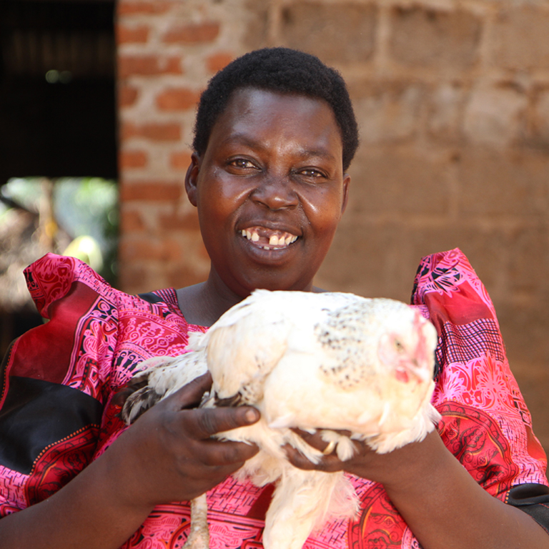 Lady with chicken  768 %281%29
