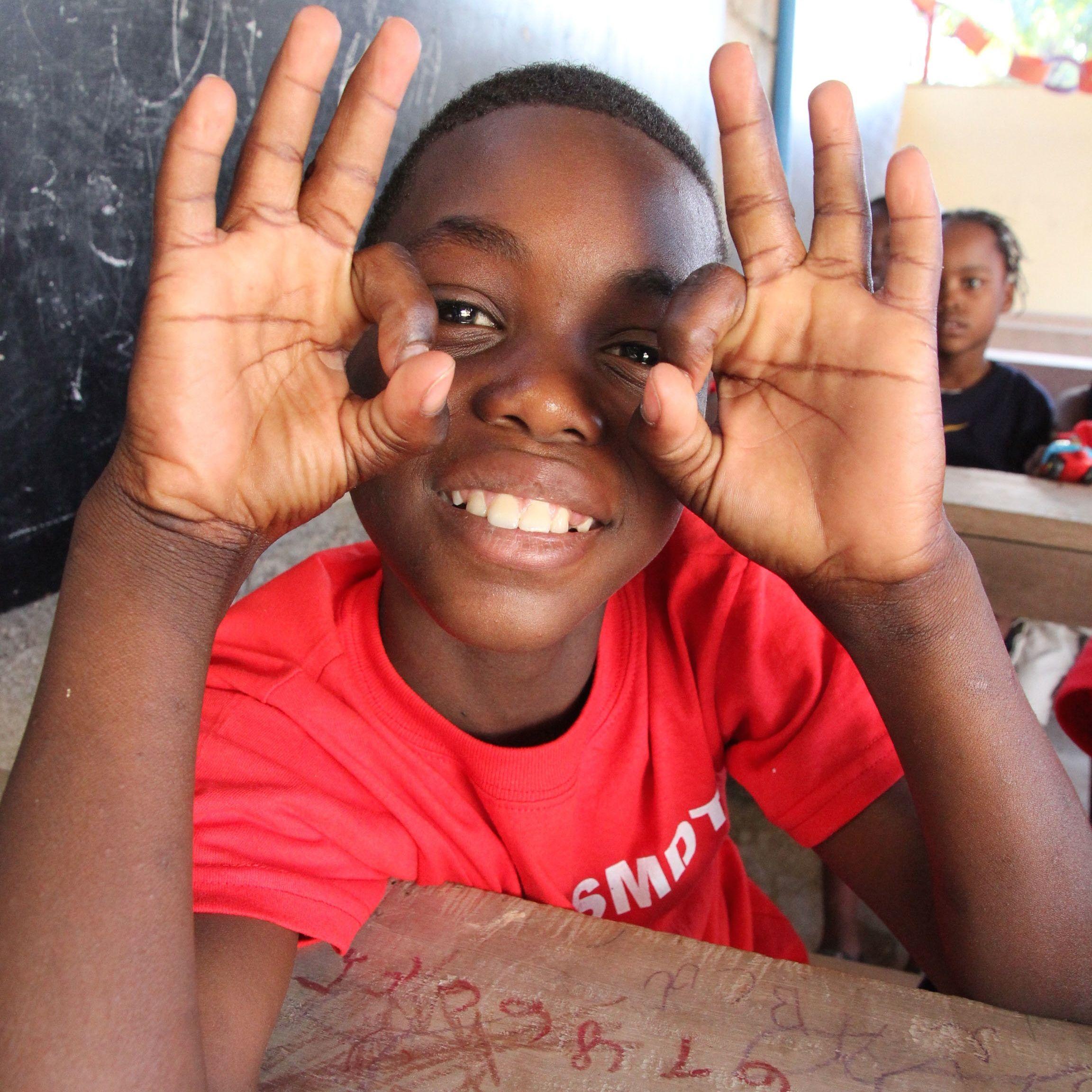 Idv tc haiti school
